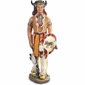 Figurine indien bouclier lance vers le bas